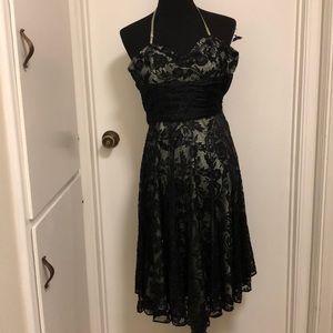 Betsy Johnson evening dress sz 6 NWT